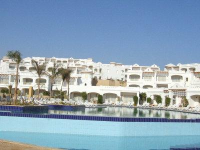 Continental Plaza Beach Resort (ex. Inter Plaza Beach Hotel) 1