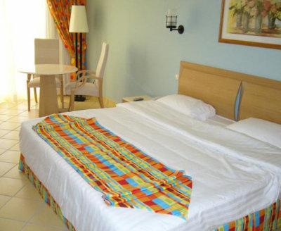 Continental Plaza Beach Resort (ex. Inter Plaza Beach Hotel) 3