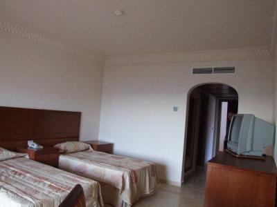 Continental Plaza Beach Resort (ex. Inter Plaza Beach Hotel) 8