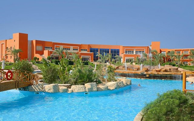 Amwaj Oyoun Hotel And Resort 8