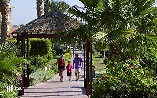 Coral Sea Holiday Village Resort 10