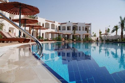 Coral Hills Resort 9