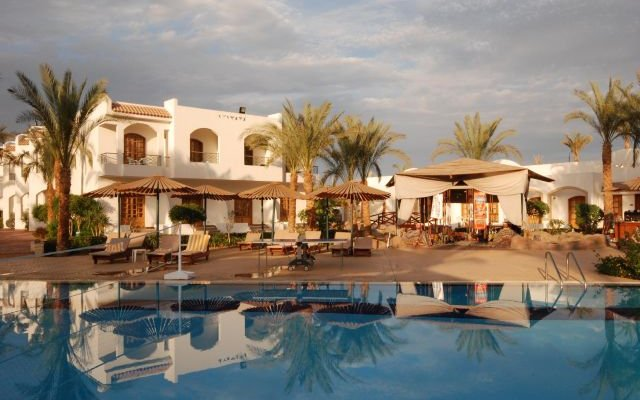 Coral Hills Resort 28