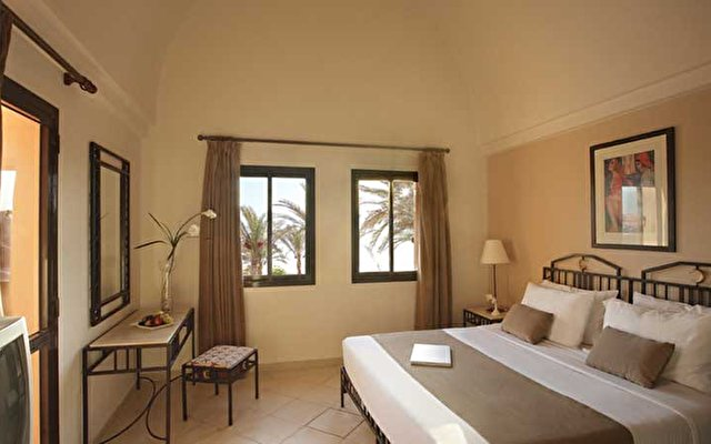 Sol Y Mar Shams Suites 7