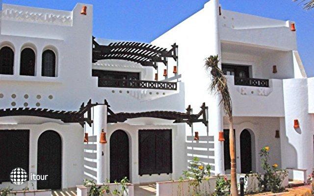 Tivoli Hotel 5