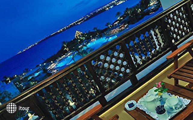 Movenpick Resort & Spa Nabq 8