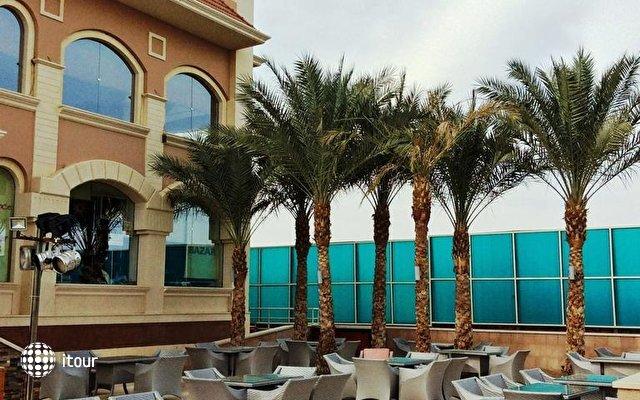 Xperience Sea Breeze Resort 4