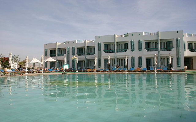 Sharm Holiday Resort 10