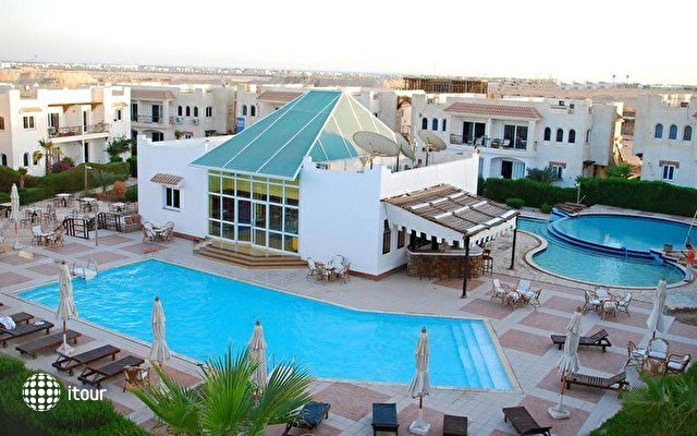Logaina Sharm Resort 1