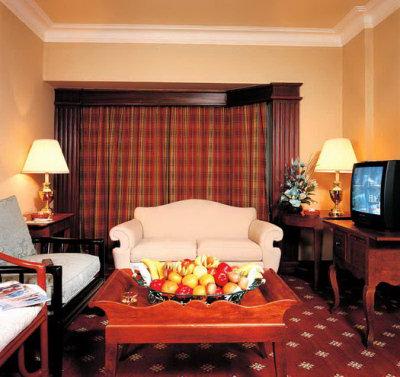 Pyramisa Cairo Suite 3