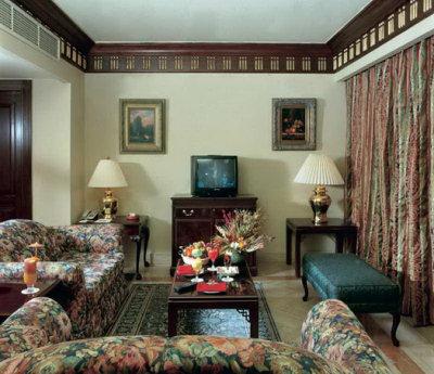 Pyramisa Cairo Suite 5