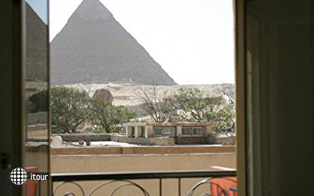 Pyramids View Inn 4
