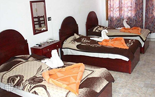 Yasmina Hotel Dahab 6
