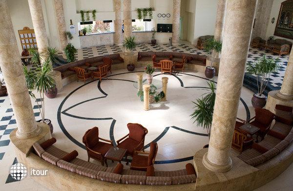 Elphistone Resort Marsa Alam 2