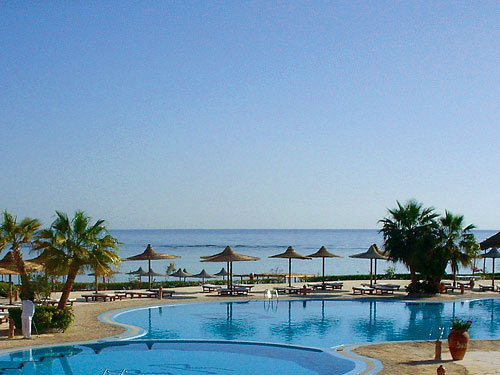 Blue Reef Red Sea Resort 4