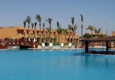Resta Grand Resort 1