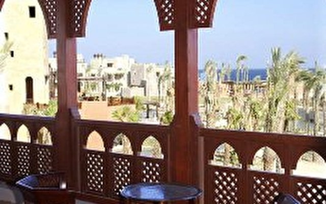 Port Ghalib Resort (ex. Crowne Plaza Sahara Oasis Port Ghalib) 7