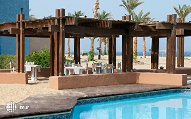 Port Ghalib Resort (ex. Crowne Plaza Sahara Oasis Port Ghalib) 8