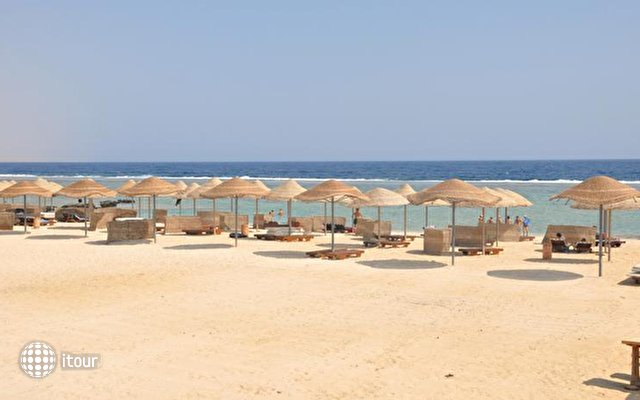 Onatti Beach Resort 9