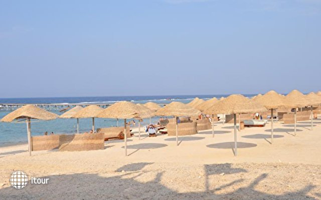 Onatti Beach Resort 10