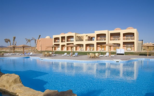 Wadi Lahmy Azur Resort 1