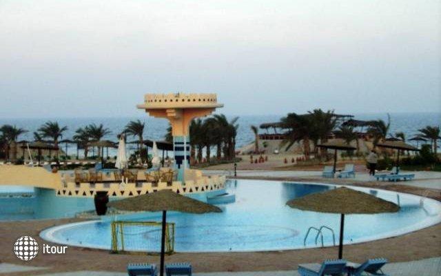 Zabargad Beach Resort 3