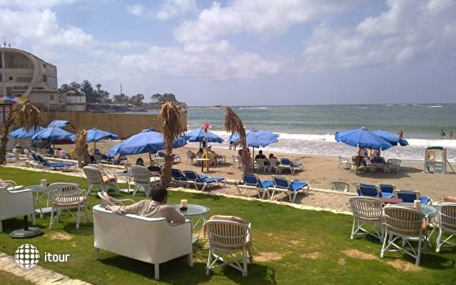 Paradise Beach Resort 3