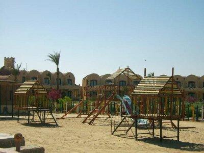 Carnelia Resort 7
