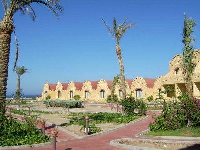 Carnelia Resort 5