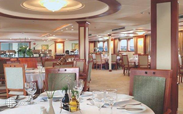 Movenpick Luxor Resort 8