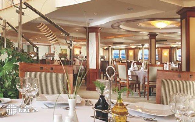 Movenpick Luxor Resort 10