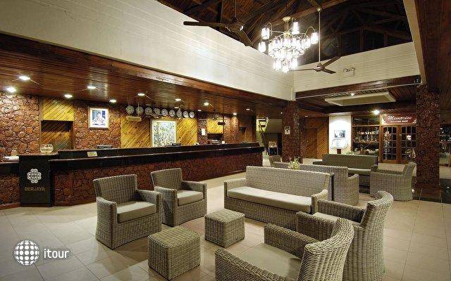 Berjaya Beau Vallon Bay Resort & Casino 10