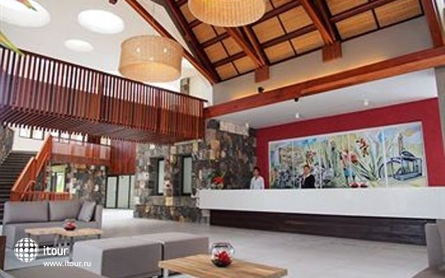Crystals Beach Resort & Spa 7