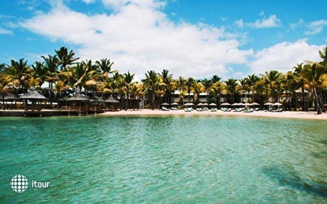 Le Paradise Cove Hotel & Spa 10