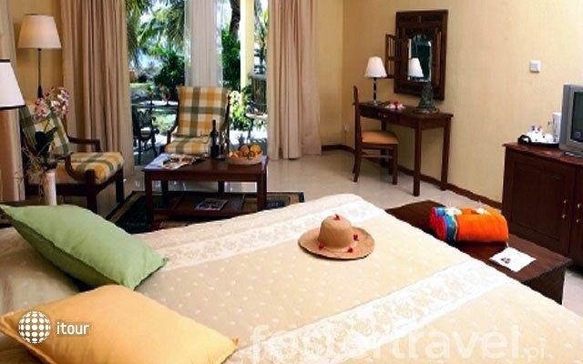 Hibiscus Beach Resort & Spa 3