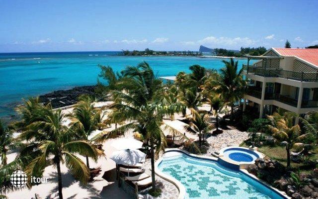 Hibiscus Beach Resort & Spa 1