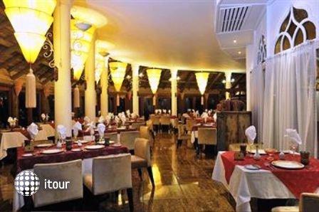 Indian Resort & Spa 10