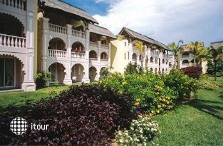Indian Resort & Spa 2