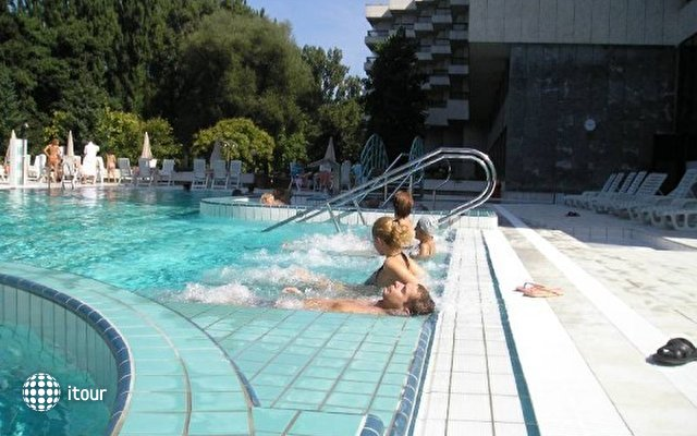 Balnea Esplande & Balnea Palace 2