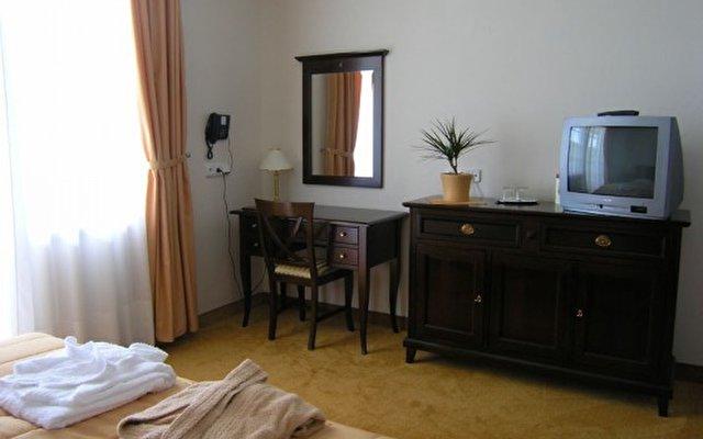 Grand Hotel Strand 4