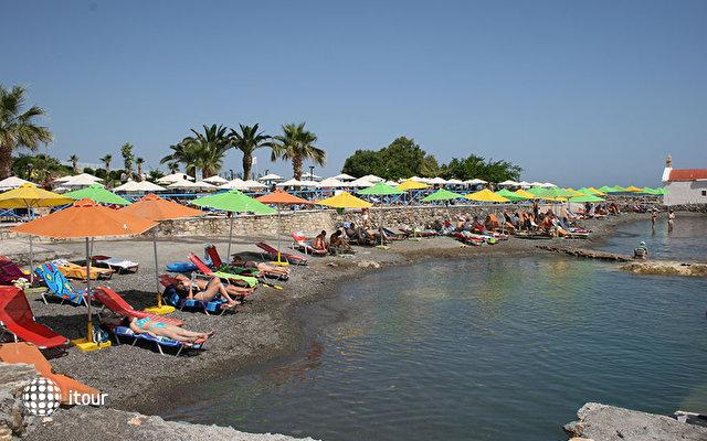 Eri Beach 10