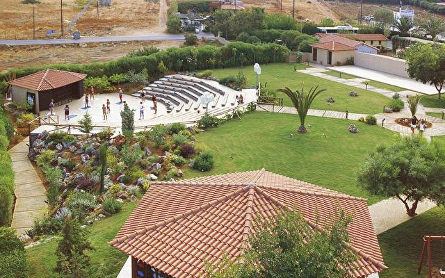 Anissa Beach Hotel & Village 5