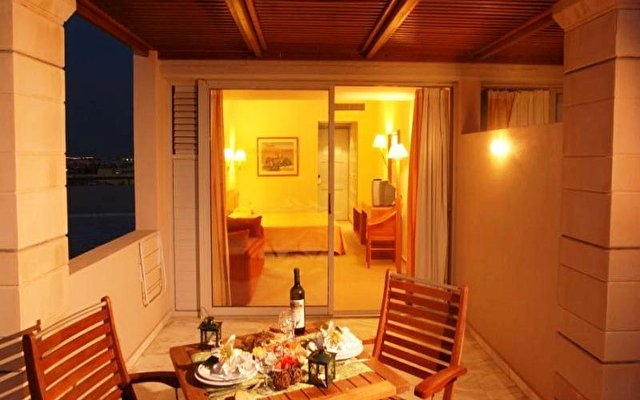 Minos Hotel 6