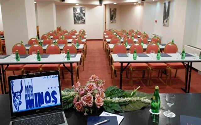 Minos Hotel 8