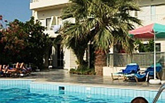 Minos Hotel 2