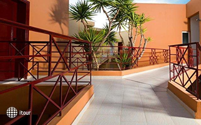Elotia Hotel 5