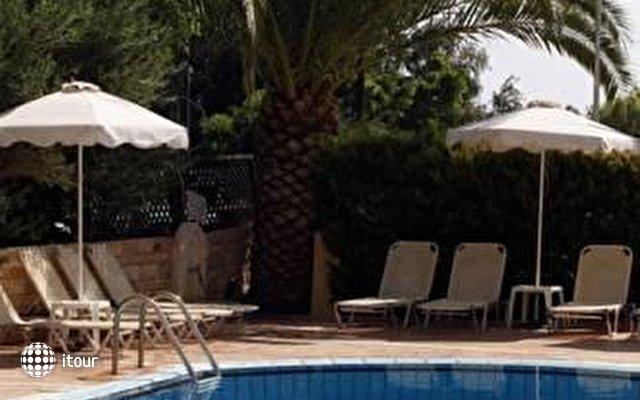 Faedra Beach Resort 9