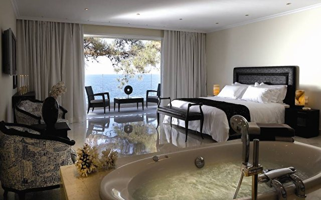 Capsis Divine Thalassa Hotel 4