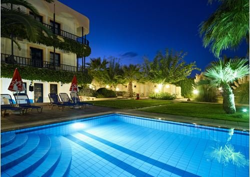 Malia Bay Beach Hotel & Bungalows 3