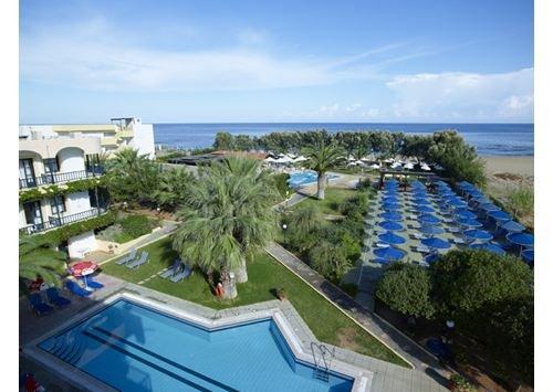 Malia Bay Beach Hotel & Bungalows 1